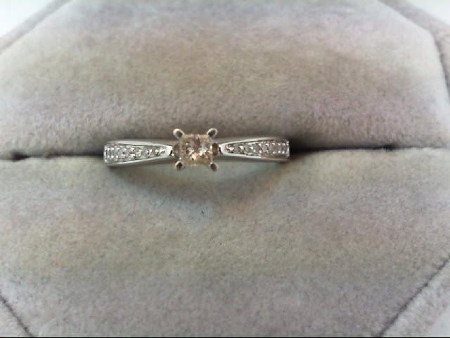 Lady's Diamond Engagement Ring 17 Diamonds 0.29 Carat T.W. 10K White Gold 1.8g