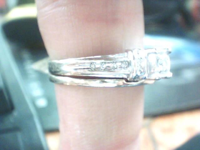 Lady's Diamond Wedding Set 13 Diamonds .110 Carat T.W. 10K White Gold 3.1dwt
