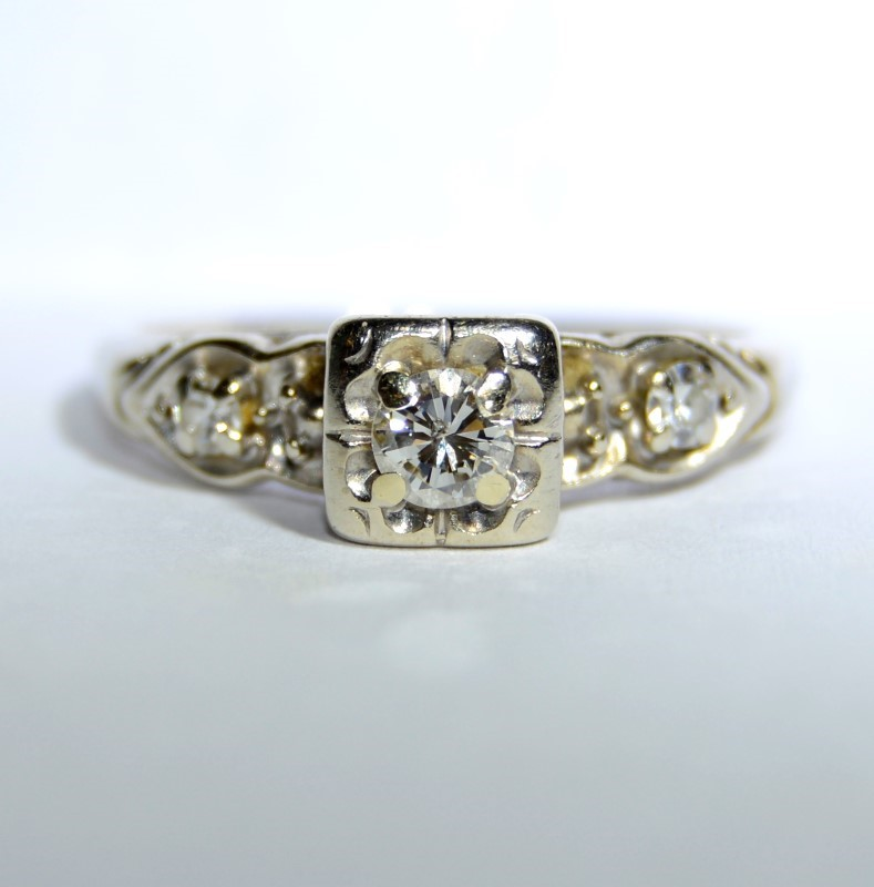 14K White Gold Floral Vintage Inspired Diamond Engagement Ring Size: 7.5