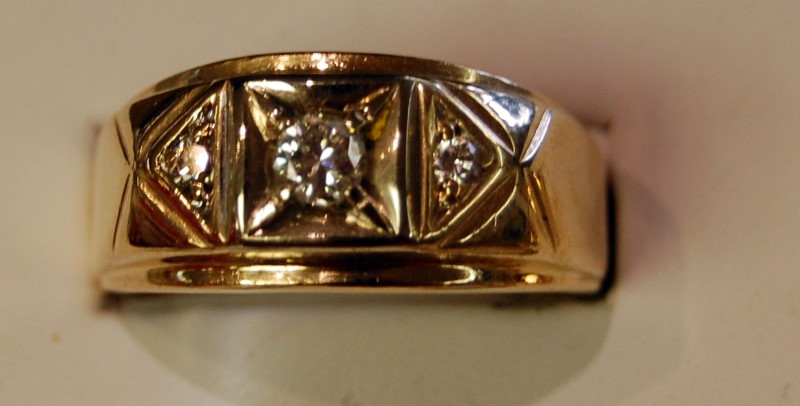 Gent's Diamond Fashion Ring 3 Diamonds .31 Carat T.W. 14K Yellow Gold 12.05g