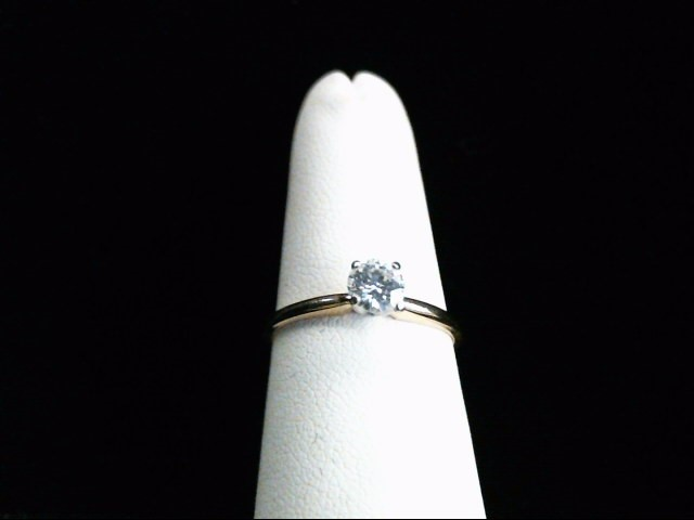 Lady's Diamond Solitaire Ring .40 CT. 14K Yellow Gold 1.7g Size:7