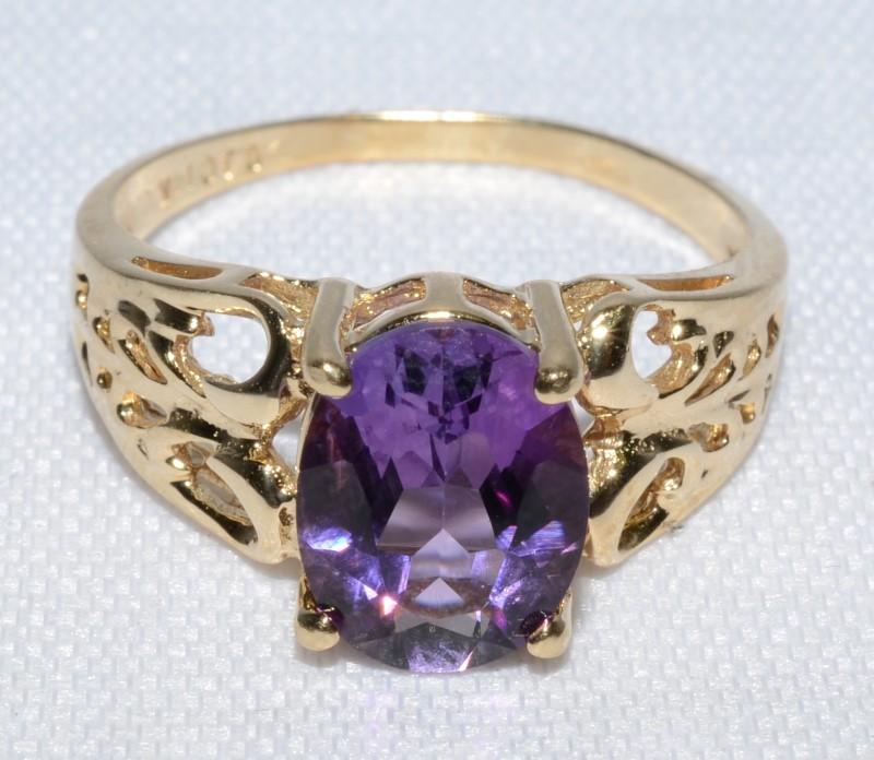 Amethyst Lady's Stone Ring 14K Yellow Gold 2.5g