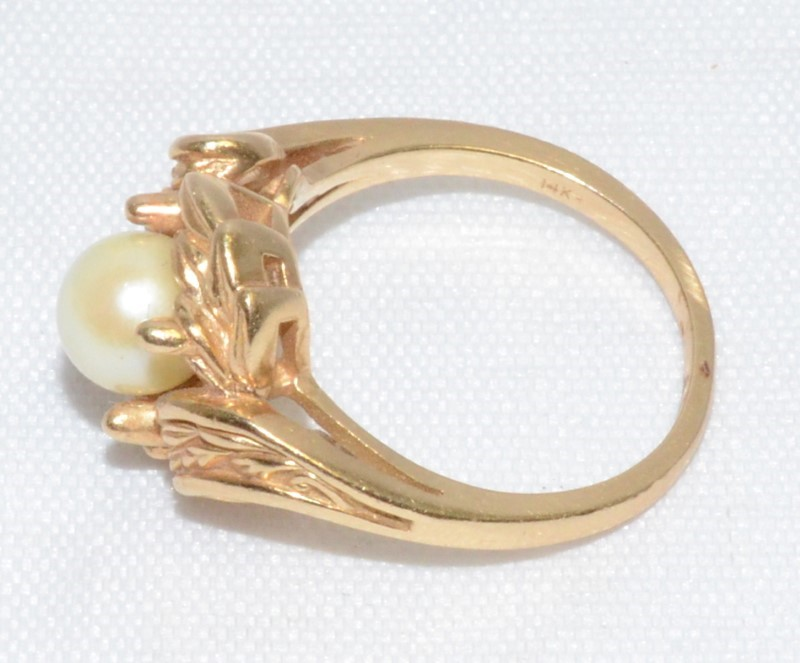 14K YELLOW GOLD BIRDS NEST PEARL RING Size: 6.75