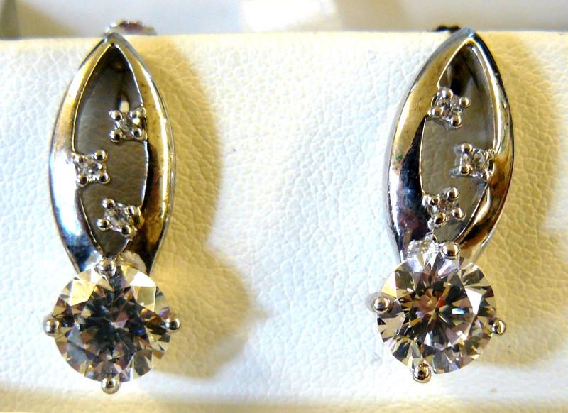 Cubic Zirconia Silver-Stone Earrings 925 Silver 3.79dwt