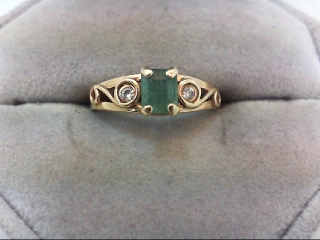 Emerald Lady's Stone & Diamond Ring 2 Diamonds .06 Carat T.W. 14K Yellow Gold