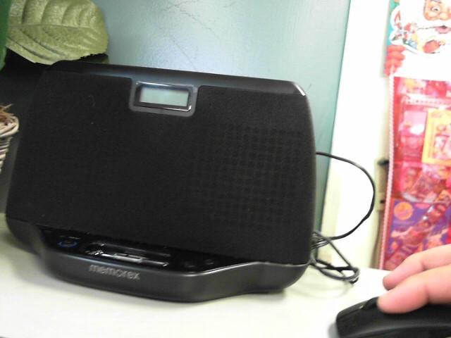 MEMOREX IPOD/MP3 Accessory MI3021