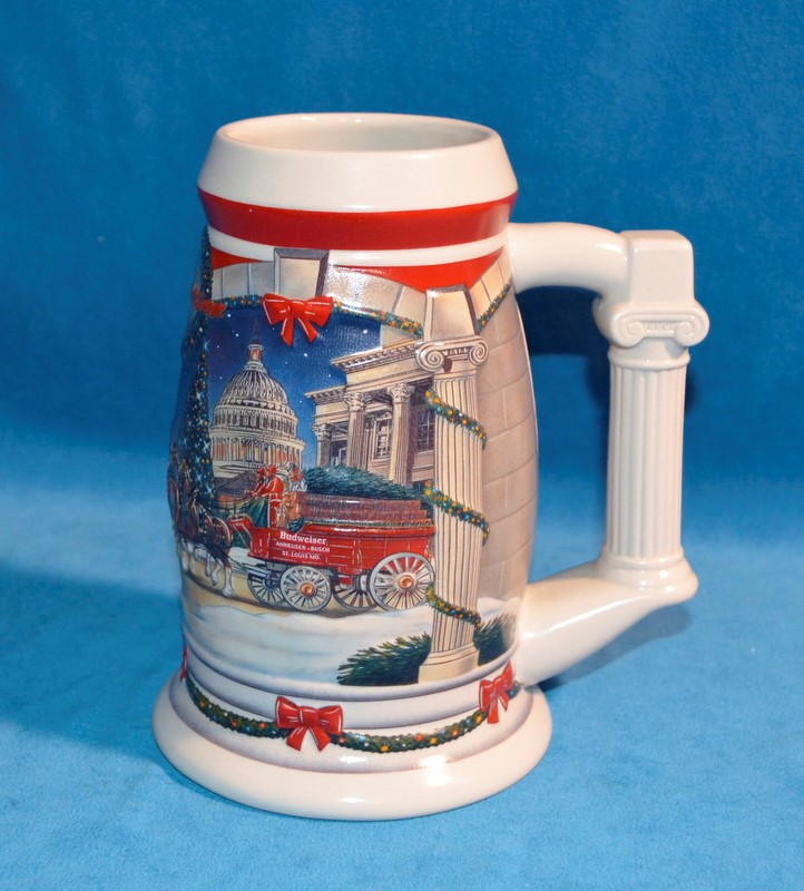 BUDWEISER HOLIDAY BEER STEIN 2001 HOLIDAY AT THE CAPITAL CS455