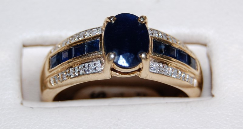 14K Yellow Gold Lady's Synthetic Sapphire & Diamond Ring 4.4G 2.3CTW Size 8.5