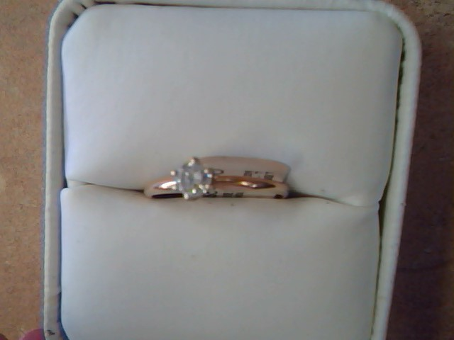 Lady's Diamond Engagement Ring .30 CT. 14K Yellow Gold 1.4g Size:7