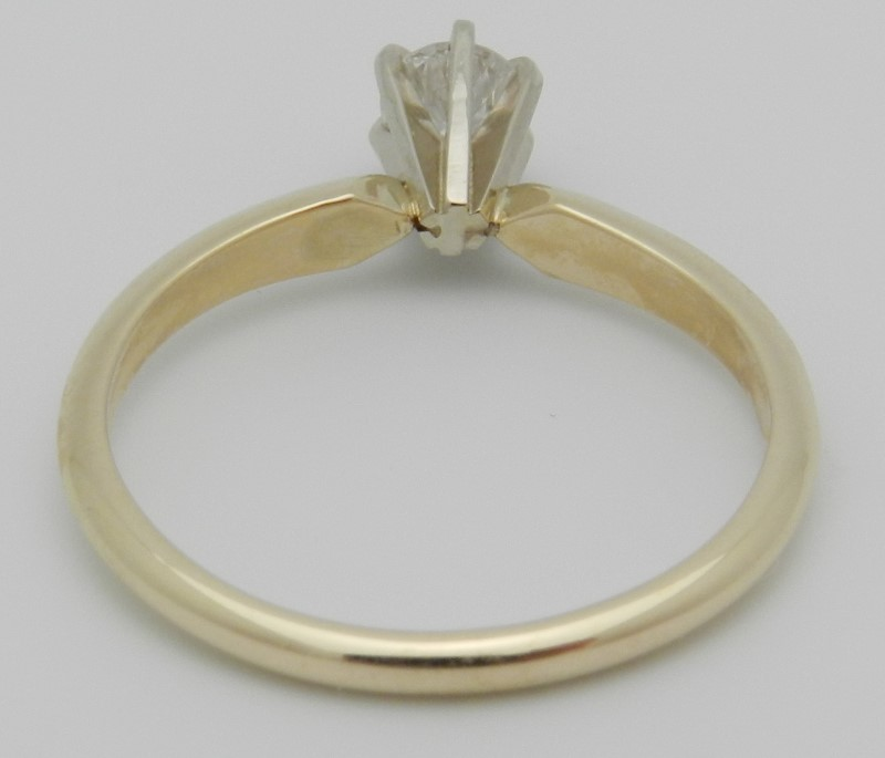 Lady's Diamond Solitaire Ring .25 CT. 14K Yellow Gold 1.9g Size:6
