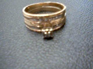 Lady's Diamond Solitaire Ring 5 Diamonds .05 Carat T.W. 10K 2 Tone Gold 3.1g