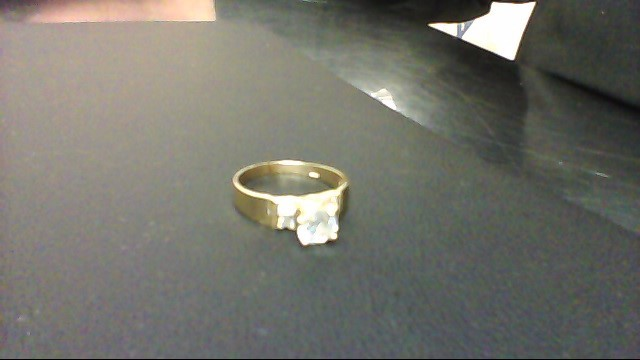 Synthetic Cubic Zirconia Lady's Stone Ring 14K Yellow Gold 3g