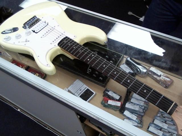 FENDER Electric Guitar BULLET