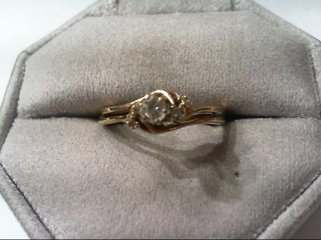 Lady's Diamond Wedding Set 5 Diamonds .20 Carat T.W. 14K Yellow Gold 3.3g