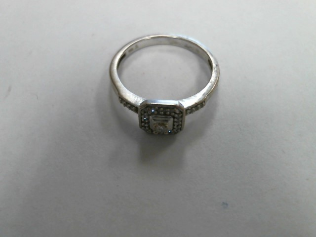 Lady's Diamond Solitaire Ring 0.1 CT. 10K White Gold 1.3dwt