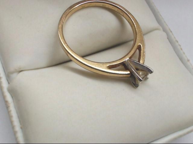 Lady's Diamond Engagement Ring .15 CT. 14K Yellow Gold 2.7g Size:7