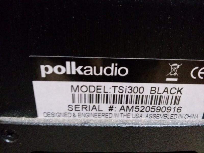 POLK AUDIO  TSI300 TOWER SPEAKER PAIR