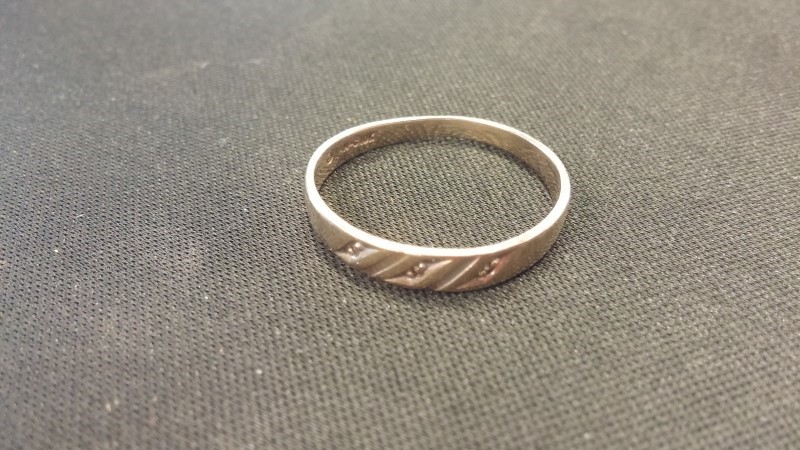 Gent's Gold Ring 10K Yellow Gold 1.1dwt Size:8.5