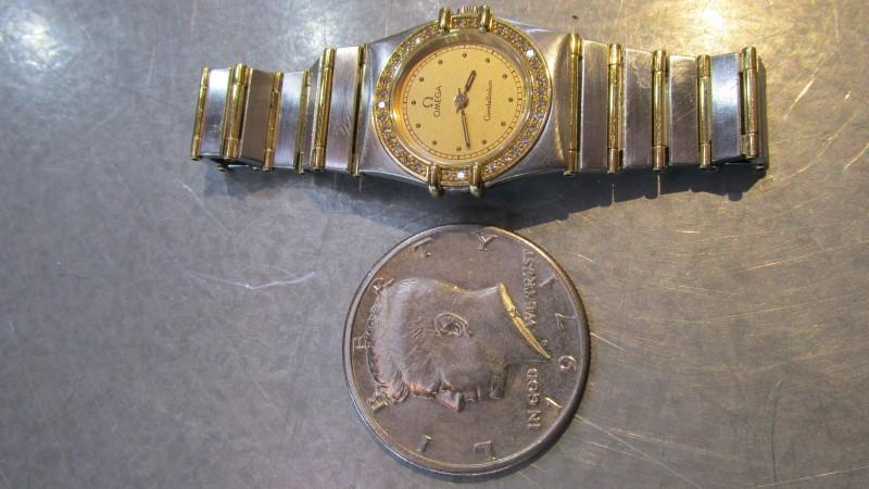 Gold-Diamond Misc. 17 Diamonds .17 Carat T.W. 18K 2 Tone Gold 36.7g