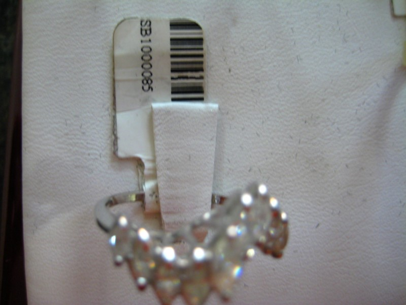 Lady's Gold-Diamond Anniversary Ring 0.01 CT. 14K White Gold 3.5g
