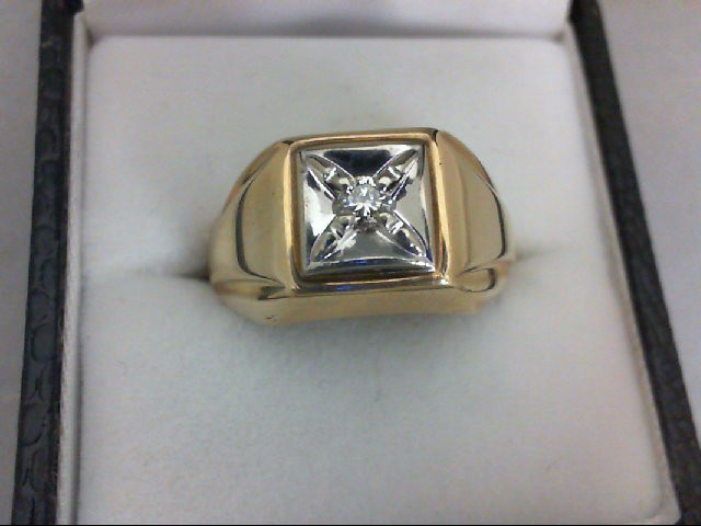 Gent's Diamond Solitaire Ring 0.1 CT. 10K Yellow Gold 5.2g