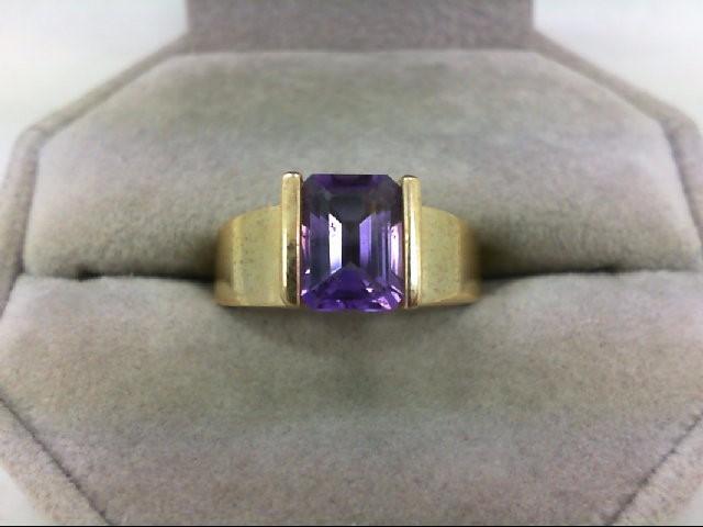Amethyst Lady's Stone Ring 10K Yellow Gold 3.4g