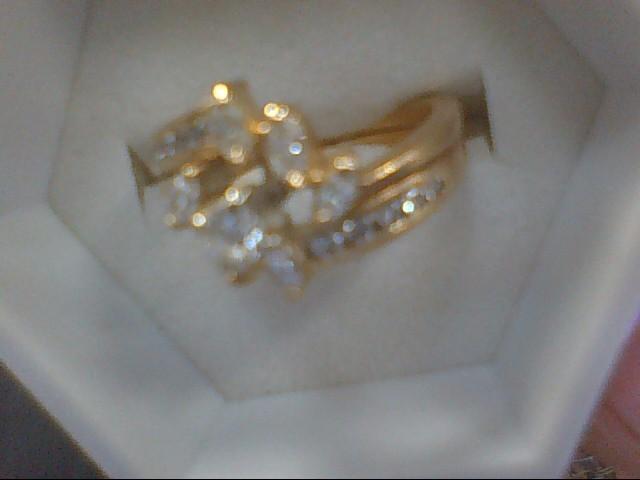 Lady's Diamond Solitaire Ring 17 Diamonds .60 Carat T.W. 18K Yellow Gold 6.2g