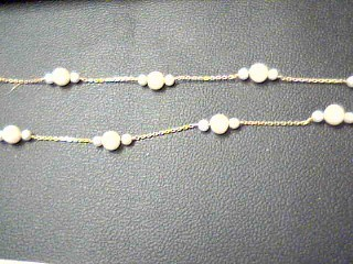 """17"""" Pearl Stone Necklace 14K Yellow Gold 5.9g"""