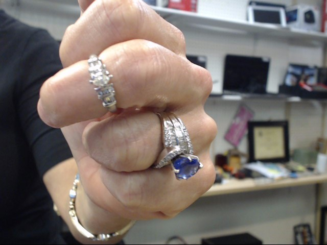 Lady's Platinum-Diamond Wedding Band 13 Diamonds .37 Carat T.W. 950 Platinum