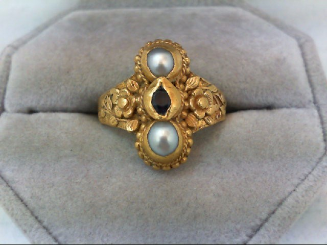 Sapphire Lady's Stone Ring 22K Yellow Gold 9.5g