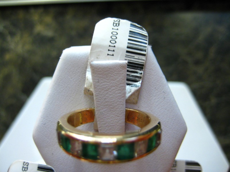Synthetic Green Stone Lady's Stone Ring 14K Yellow Gold 4g