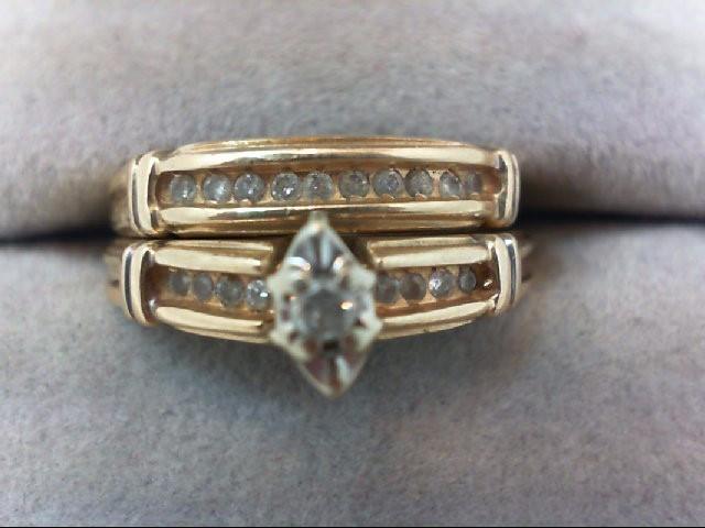 Lady's Diamond Wedding Set 19 Diamonds .23 Carat T.W. 10K Yellow Gold 4.3g