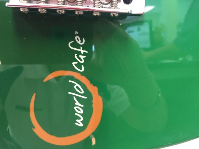 PILSNER URQUELL WORLD CAFE ELECTRIC GUITAR