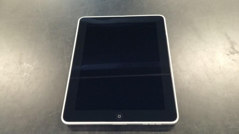 APPLE Tablet IPAD A1219 32GB