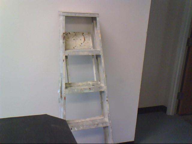 Ladder ALUMINUM 6' FOLDING LADDER