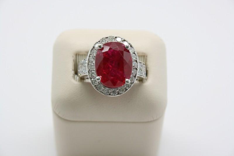 LADY'S RUBY & DIAMOND RING 14K WHITE GOLD