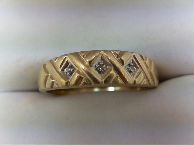 Gent's Gold-Diamond Wedding Band 3 Diamonds 0.03 Carat T.W. 10K Yellow Gold 2.8g