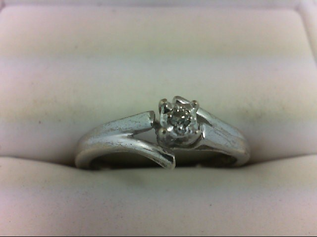 Lady's Silver-Diamond Ring 0.03 CT. 925 Silver 2.1g