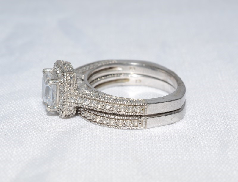 White Stone Lady's Silver & Stone Ring 925 Silver 4.35g