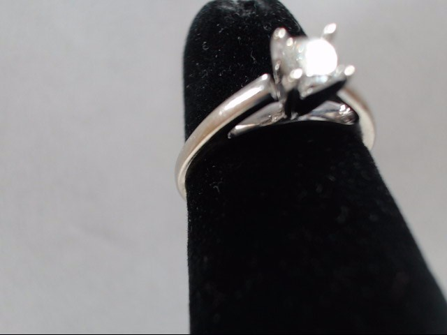Lady's Diamond Solitaire Ring .20 CT. 14K White Gold 2.3g Size:5