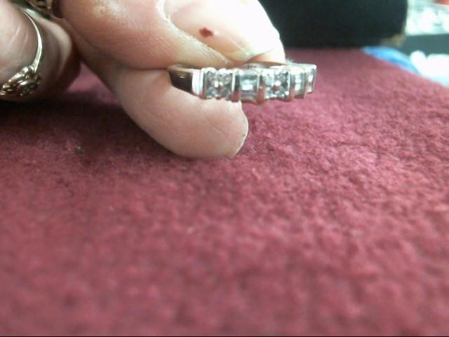 Lady's Diamond Wedding Band 18 Diamonds .18 Carat T.W. 14K White Gold 3.1dwt