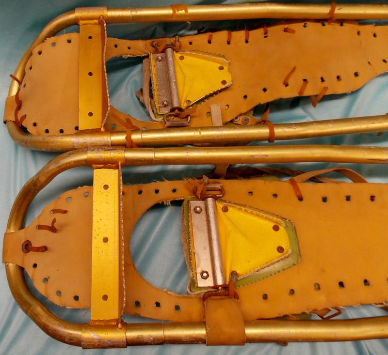 """Vintage SHERPA SNOW CLAW Snowshoes, 9"""" x 34"""", Need to be restrung"""