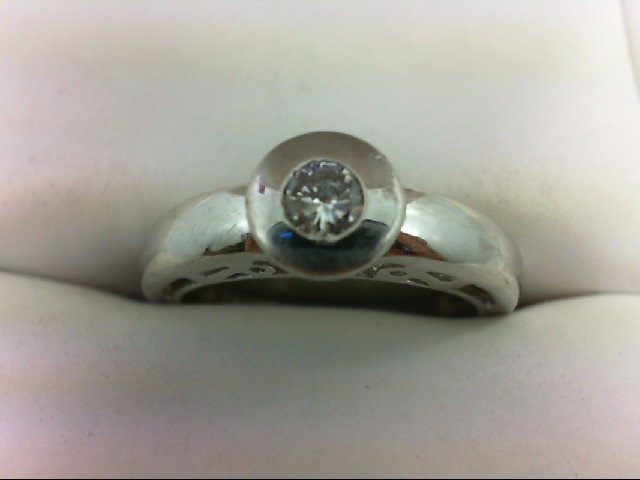 Lady's Diamond Solitaire Ring 0.14 CT. 14K White Gold 4.3g Size:6.75