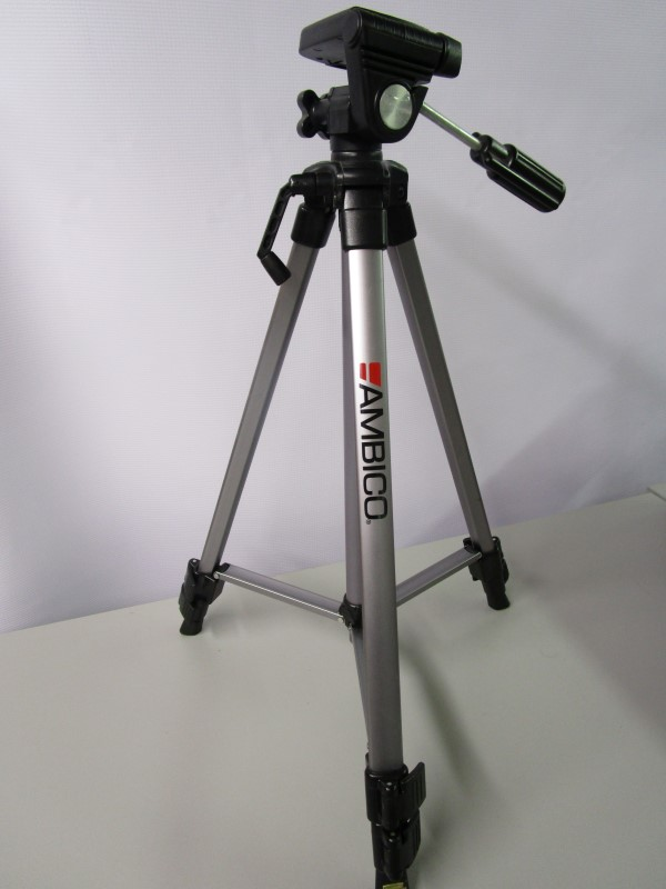AMBICO CAMERA / CAMCORDER TRIPOD WITH LEVEL