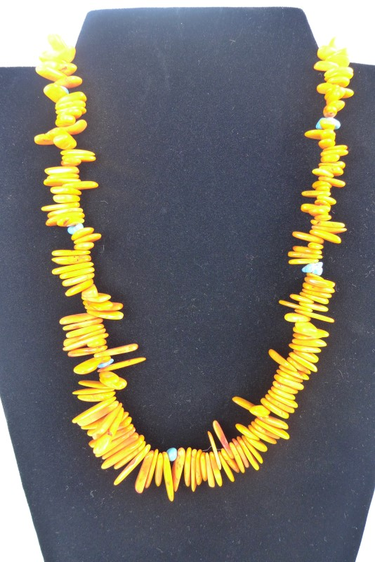 ORANGE SPINY OYSTER W/TURQUIOSE NECKLACE