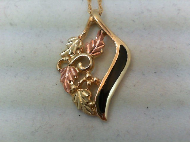 Gold Pendant 10K Tri-color Gold 3.3g