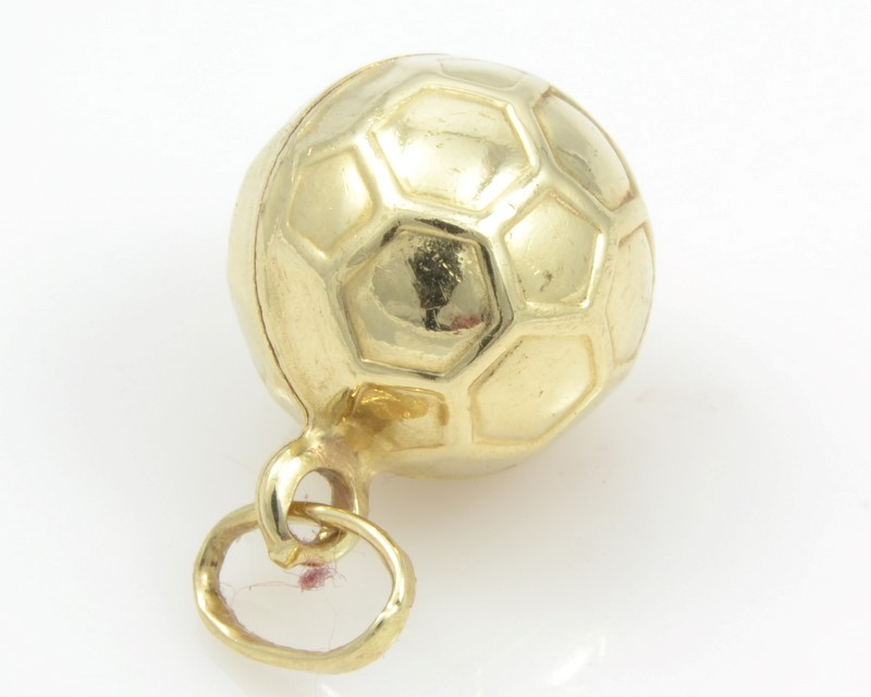 SOCCER BALL CHARM PENDANT SOLID 14K YELLOW GOLD ITALY SPORT 3D 1.6g