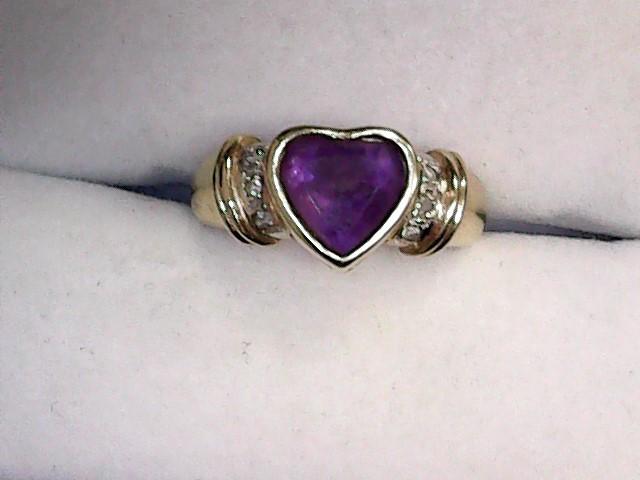 Amethyst Lady's Stone & Diamond Ring 6 Diamonds .06 Carat T.W. 18K Yellow Gold