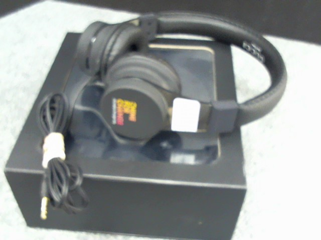 GUCCI Headphones CHIME FOR CHANGE