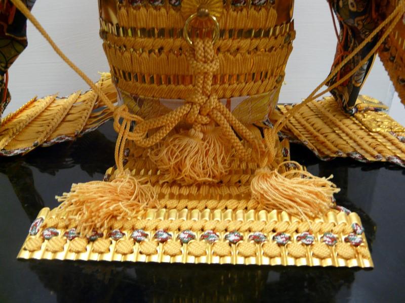 JAPANESE MINIATURE SAMURAI ARMOR YUSOKU GOGATSU-NINGYO BOY'S DAY DOLL & BOX